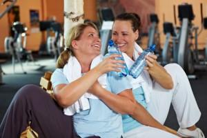 Der Artikel berichtet über Qualifikationen von Fitnessstudios.