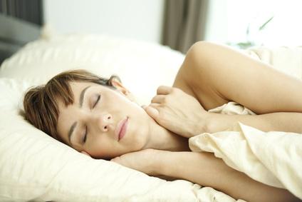 Inhalt des Artikels ist das Lernen des bewussten Träumens.