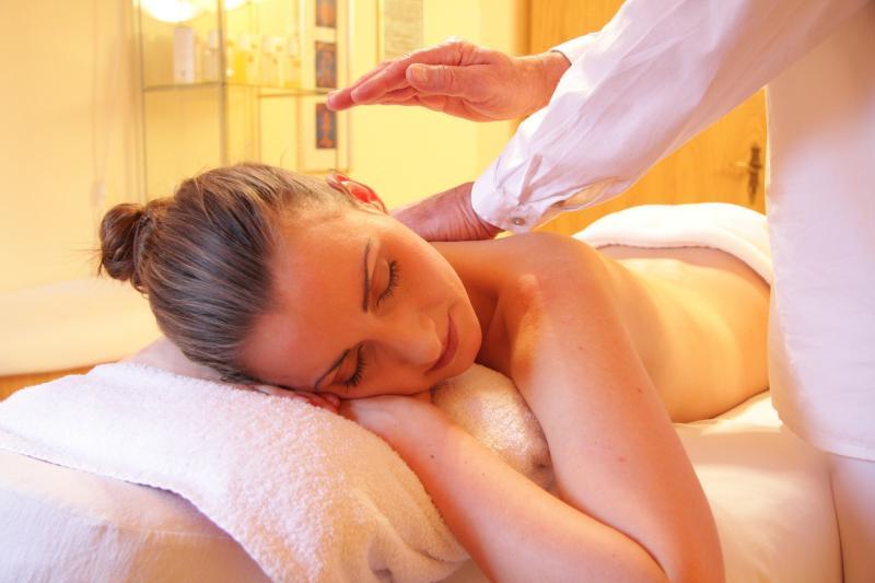 Entspannung auf Bestellung - Der Massagemann kommt ins Haus: mobile Massage Hamburg